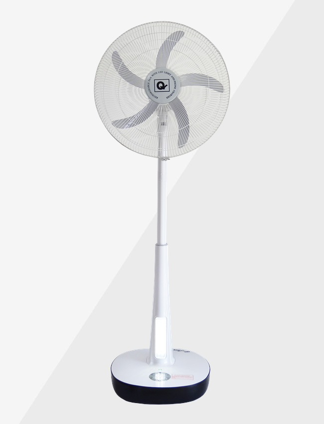 Rechargeable fan front